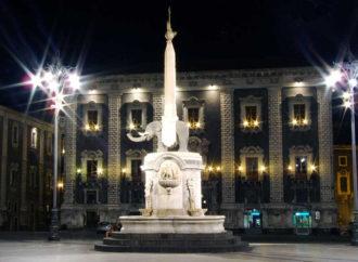 "La fontana dell'Elefante: ""U Liotru"" di Catania"