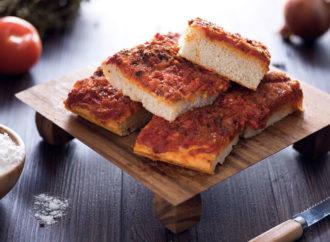 Sfincione: lo street food siciliano