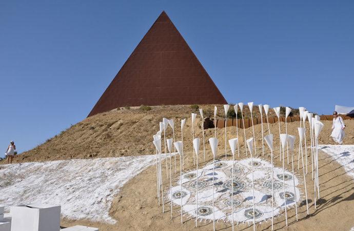 Il Rito della Luce alla Piramide del 38° Parallelo