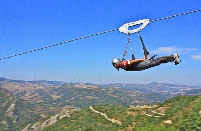 """La prima """"zip-line"""" di Sicilia"""